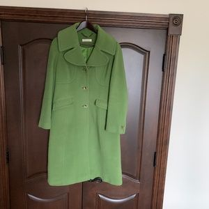 Planet Green Coat Size 8
